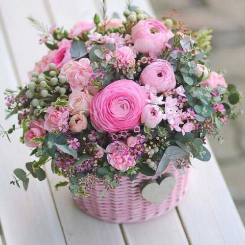 Заказ букетов и цветочных композиций